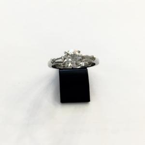 Anello Oro e Diamanti Ct 1,00 e Ct 0,46 modello Tiffany